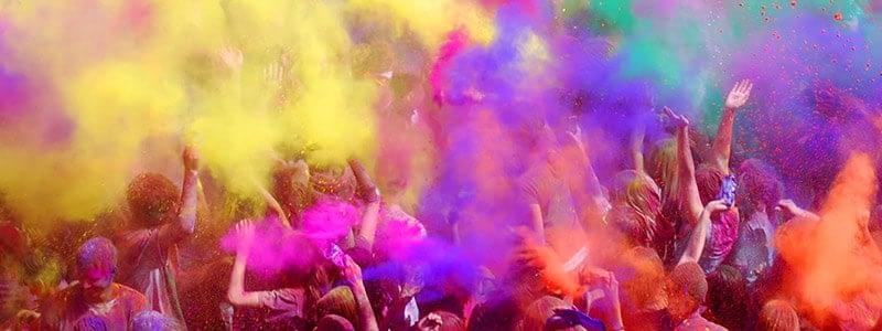 Holi-Fest – Farbe ist Liebe