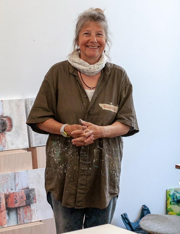 Die Künstlerin und Leiterin der Malkurse Renate Moser